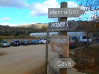 Cool sign at El Mogor. Another amazing winery.